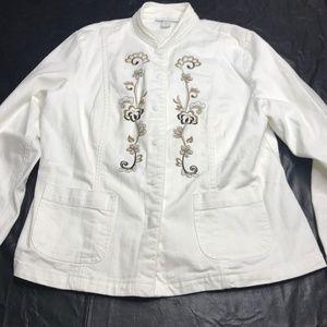 Dressbarn white floral embroidered jean jacket L